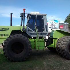 Tractor ZANELLO  Modelo  700C Cubiertas 24-5-32 Duales